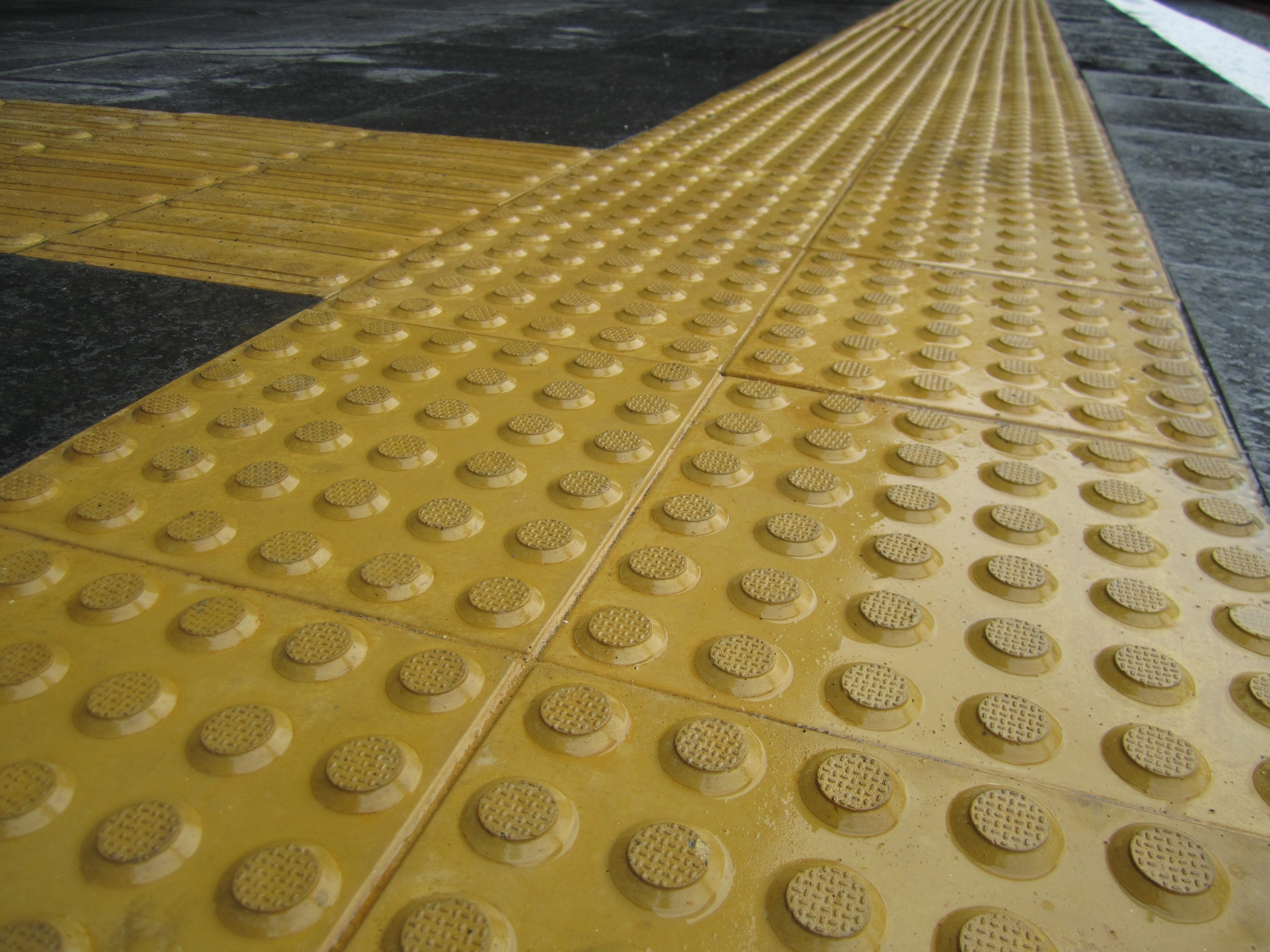 Tactile coloured hazard warning pavers total tactilez nz tactile concrete pavers hazard warning type b dailygadgetfo Image collections