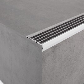 aluminium safety stair nosing
